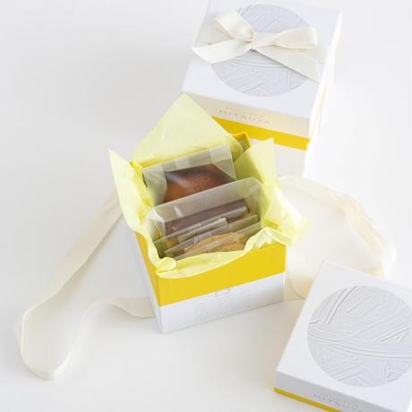 ギフトボックス  No.1 〜お菓子の詰め合わせ〜