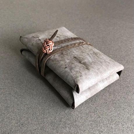 hini hini)革のカードケース[ALASKA グレイ]*受注制作 *送料込