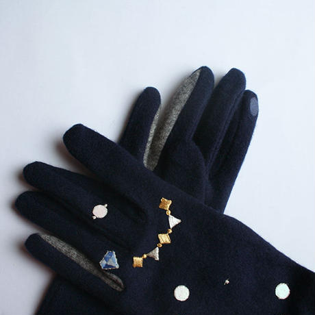piccke × patterie gloves with appliques