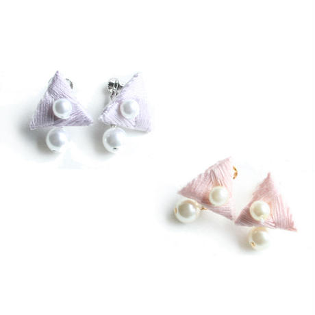 CRYSTAL TRIANGLE EARRING (single colour)