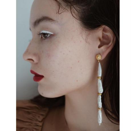 Keshi Pearls Asymmetry Pierce