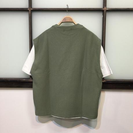 リップルベスト×Tシャツアンサンブル(全2カラー)