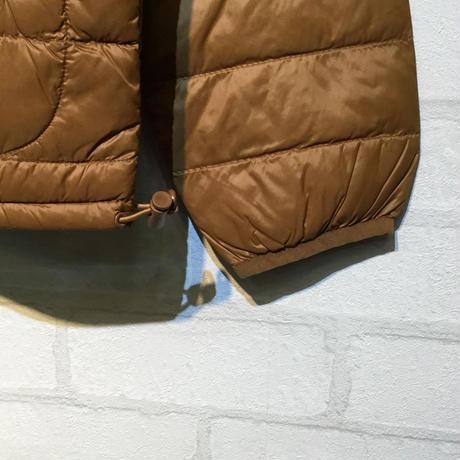 高密度ナイロンノーカラーダウンジャケット(インナーダウン)(全2カラー)