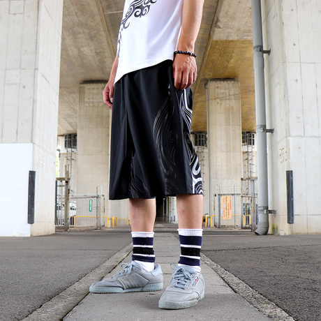 SEE THE LIGHT TRIBAL SHORTS ( BLK-BLK&WHT )