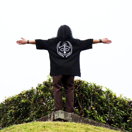 PEACE TRIBAL OVER-T (BLK )