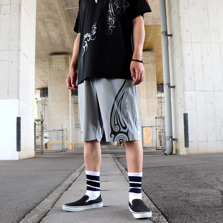 SEE THE LIGHT TRIBAL SHORTS ( GRY - BLK&WHT )