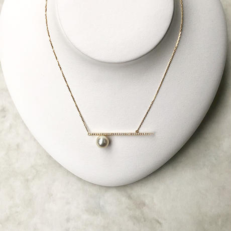 Border line necklace with diamonds / 18K