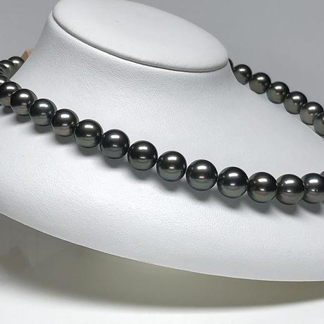 ディープグリーン系12mmラグジュアリーな南洋黒蝶真珠ネックレス<16121502>