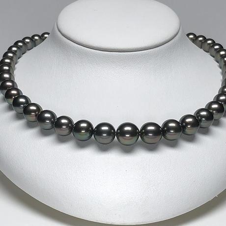 ディープグリーン系11mmエレガントな南洋黒蝶真珠ネックレス<16121512>