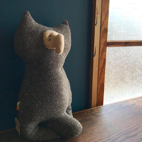 座りフクロウ(休日のお父さん)30cm