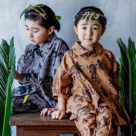 "【 michirico 21SS 】Flora and fauna shirt (MR21SS-13)"" カラーシャツ"" / チャコール / L (115-130cm)"