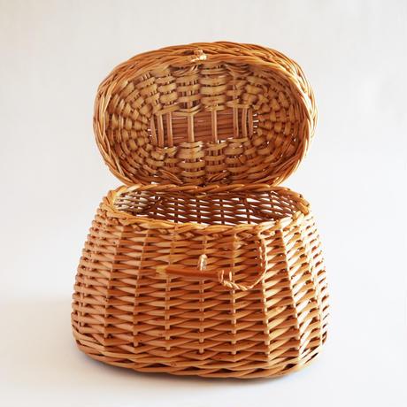 サン・ミゲル島のふた付きバスケット