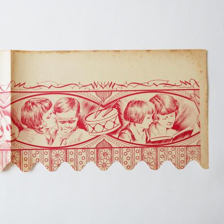 ヴィンテージの棚紙 / 楽器と子供たち(赤)