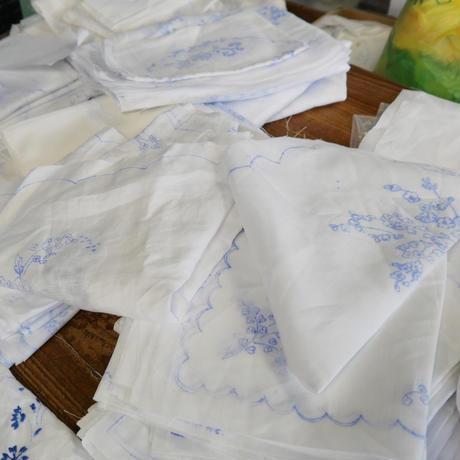 サン・ミゲル島の刺繍のボトルエプロン/小さな花