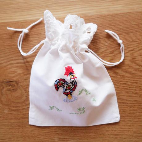 ガロの刺繍の巾着