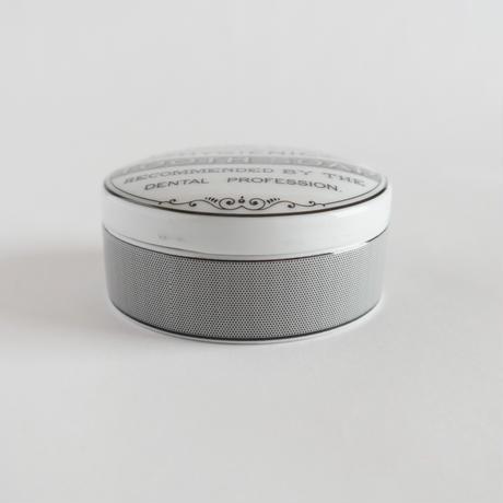 1860年の歯磨き粉入れ レプリカ