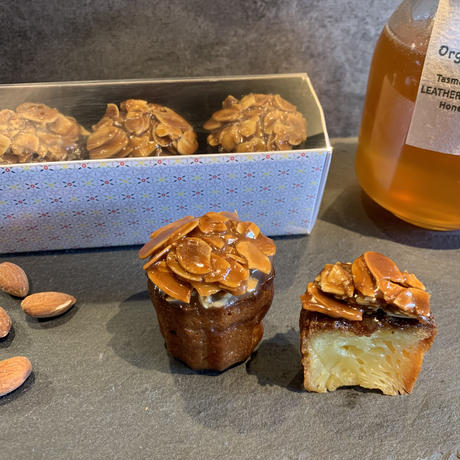 🍯カヌレ・ド・フロランタン🐝【食べる香水】豪州リンズィさんのレザーウッドハニー使用