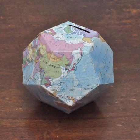 ペーパークラフトで作る地球儀貯金箱 行政
