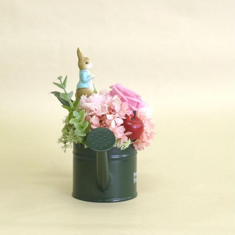 【プリザーブドフラワー】じょうろ/ピンク/ピーターラビット・たまねぎ畑
