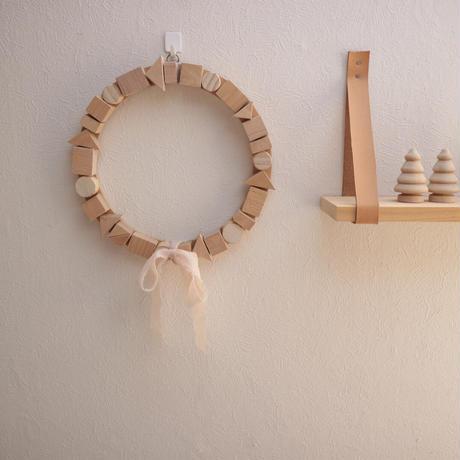 wooden wreathe