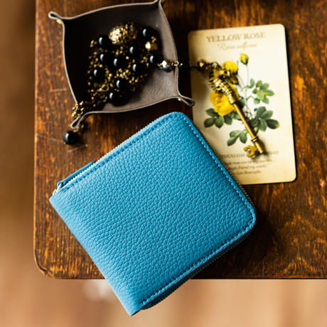 ラウンドファスナー二つ折り財布 ボックス小銭入れタイプ トリヨンクレマンス/ブルージーン