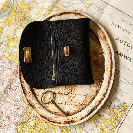 【即納】やわらかなレザーフラップミドル財布 トリヨンクレマンス/ブラック