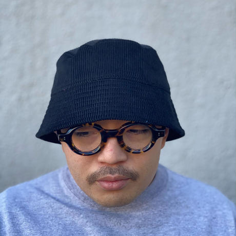 "BUCKET SLOPE HAT ""MID WAVE CORDUROY BLACK"""