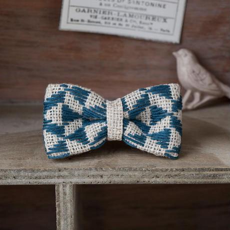 米山知歩さんのこぎん専用布でつくる リボンのブローチキット [ground]