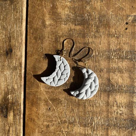 Karapisa moon + star pierce