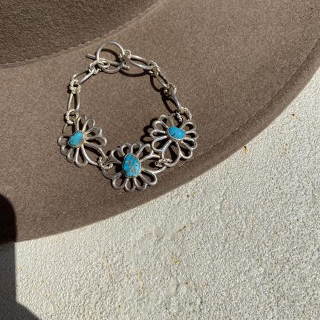 muuyaw flower of petal bracelet Turquoise