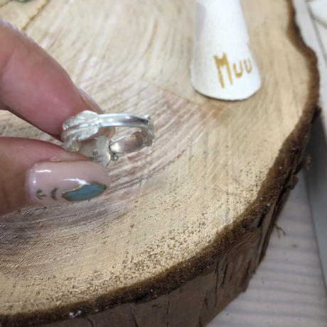 Muuyaw moonstone ring