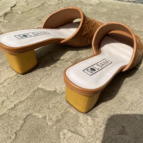 solsana ヒールwood sandal
