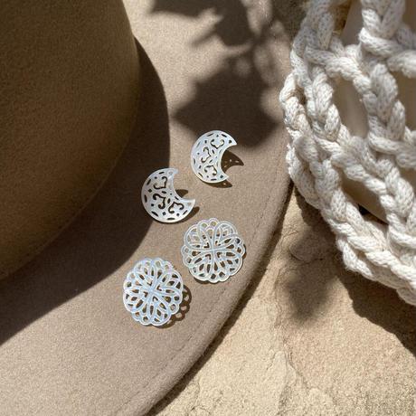 Karapisa flower pierce