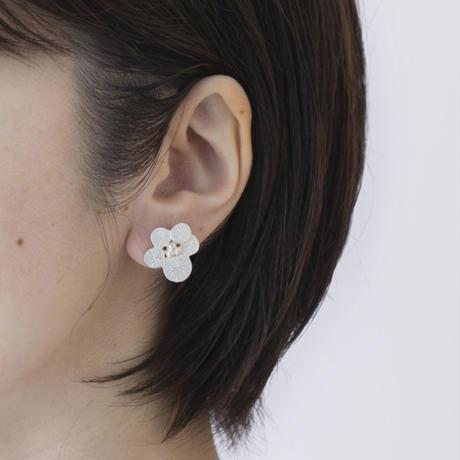 ISE105:サークルフラワーイヤリング  /  Circle Flower  Earring
