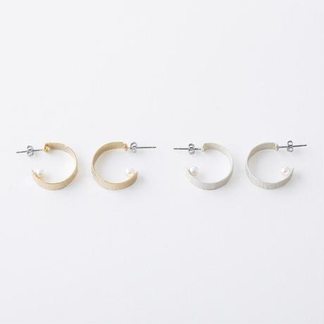 【オンラインショップ限定】RSP043:貝パール×ツチメラインフープピアス /  Brass Hammered finish Plate & Pearl  hoop Pierce