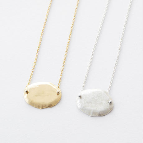 RSN034:ツチメオーバルスクープネックレス / Brass Hammered Scoop Oval Necklace