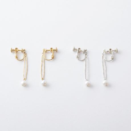 KAE059:ツチメロングリングパールイヤリング / Brass Hammered Long Ring Pearl Earring