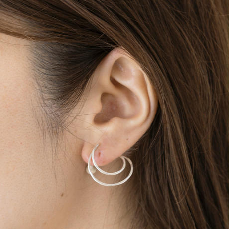 KAE097:スワールイヤリング /  Swirl Earring