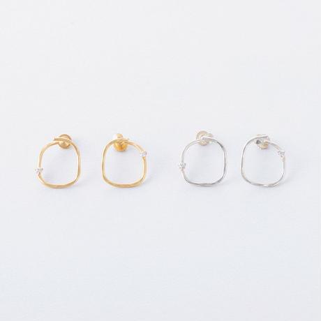 KSE092:ツチメスクエアカーブイヤリング / Brass Hammered  Square curve Earring