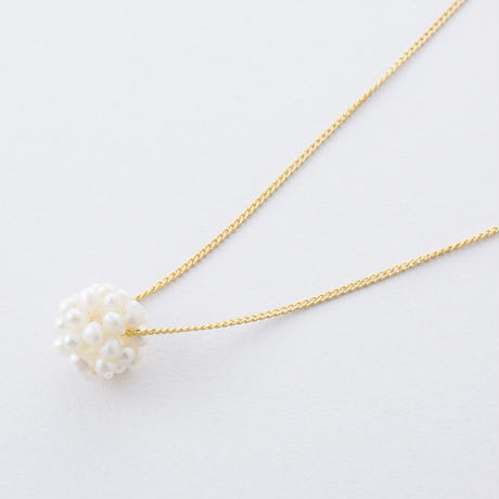 HAN075:淡水パールフラワーボールネックレス  /  Freshwater pearl flower ball Necklace