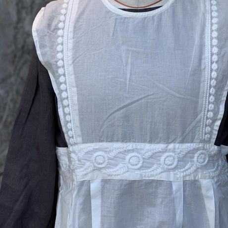 doux bleu embroidery ワンピース