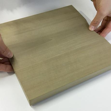 国産ホオのまな板  24 x 24 cm