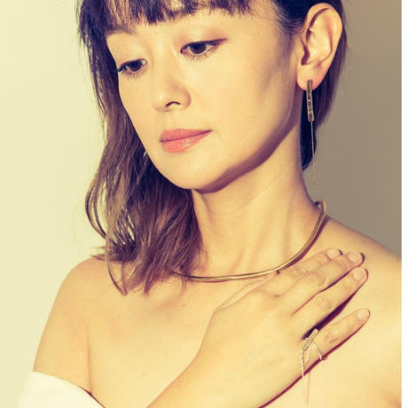 minamo line earrings-gold -ピアス・イヤリング