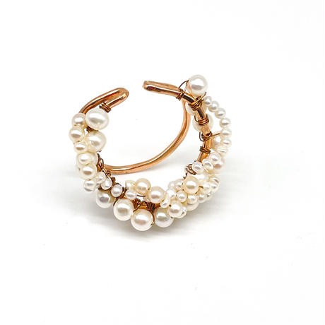 Happiness of the loop earcuff ーpearl -pinkgold