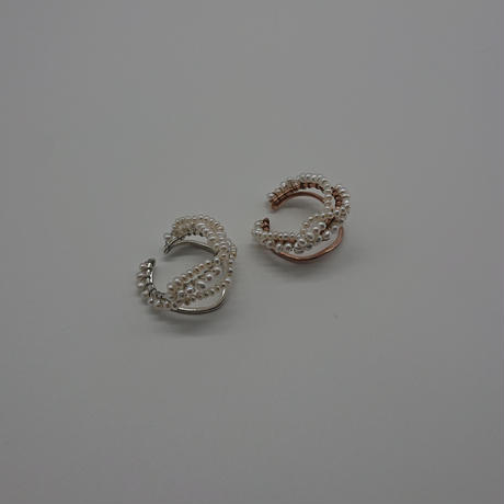 Happiness of the loop earcuff -pearl-