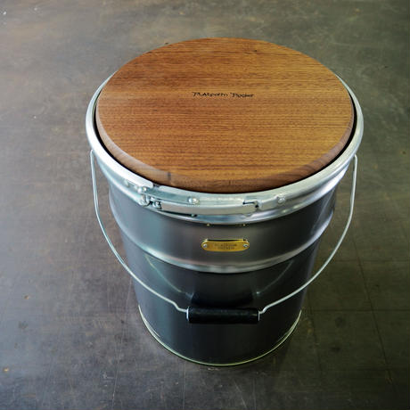 PAILCAN WOOD TABLE