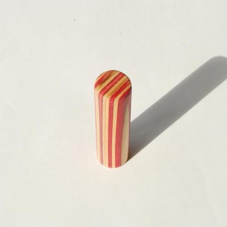 【SARUNO】スケボー廃材の印鑑(16.,5mm)彫刻料とケース(黒のモミ革ケース付き)