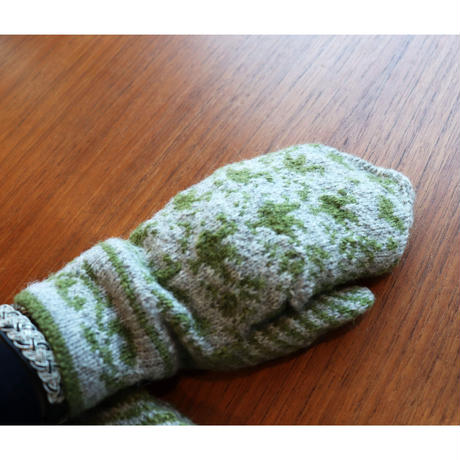 handknitted mitten khaki bird