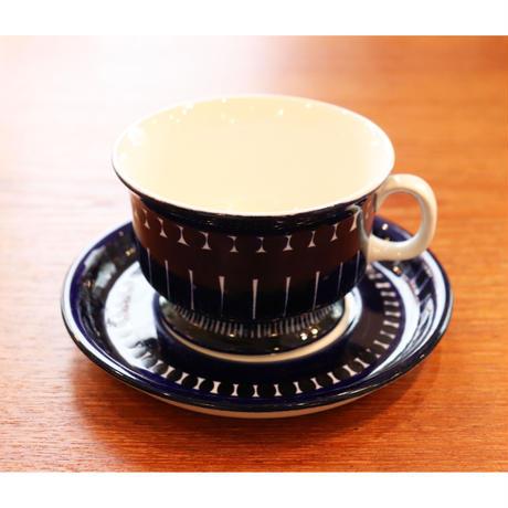 Arabia Valencia tea c/s  handpainted logo