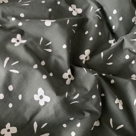 Marimikko 'kukkaketo' tablecloth olive